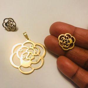 Gold flower stainless steel/Rhinestone Pendant set